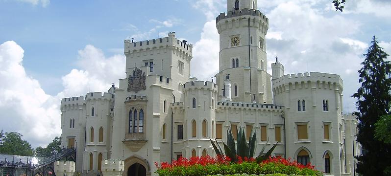 zamek-hluboka-foto